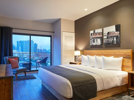 Luxury Hotel In Long Island City The Ravel Hotel