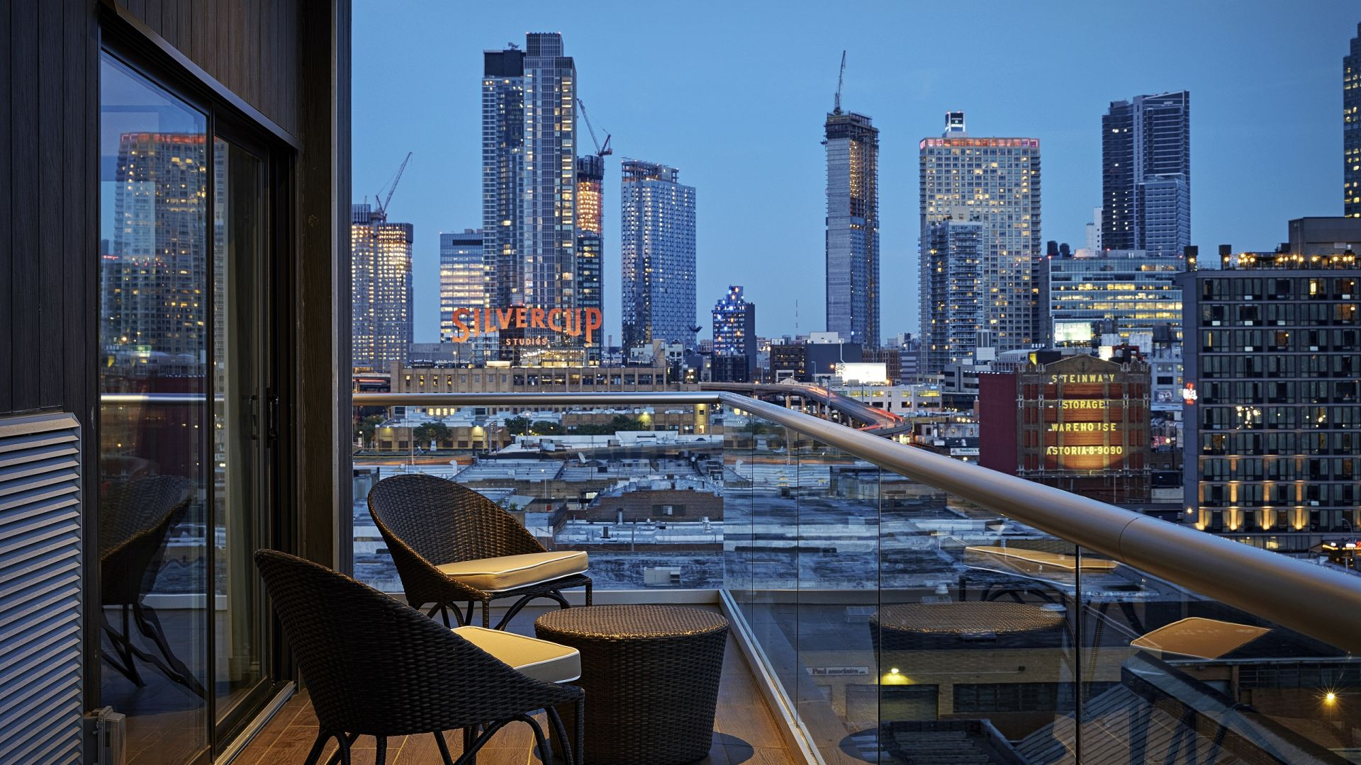 Welcome to Ravel Hotel | Experience Modern Luxury in New York's Long Island City | Book Now
